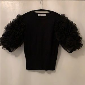 Puff sleeve Zara top